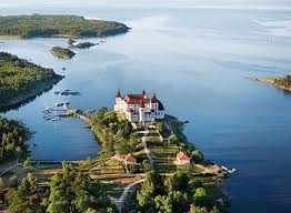 Läckö castle on lake Vänern